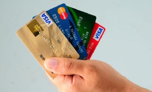 El número de tarjetas de crédito en España crece hasta los 45 millones