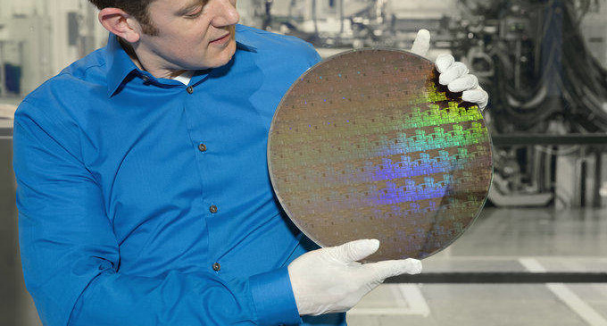 IBM da con la clave para desarrollar chips de 5 nanómetros