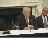 Trump se reúne con CEOs de varias tecnológicas para que ayuden a modernizar el gobierno