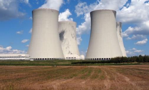 Toshiba se libra de levantar las dos nucleares que causaron sus problemas económicos