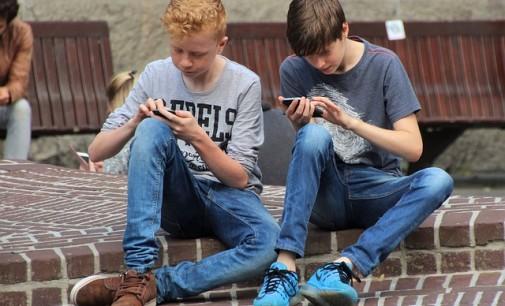 Facebook pierde al público adolescente, según un informe