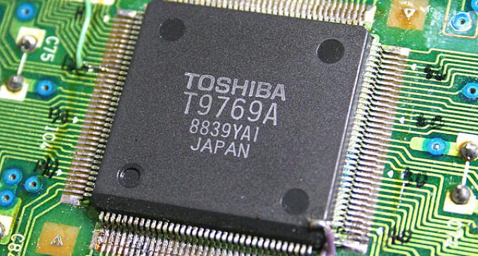Toshiba negocia con Western Digital la venta de su división de chips de memoria