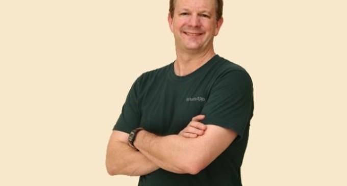 Brian Acton, uno de los fundadores de Whatsapp, abandona la compañía