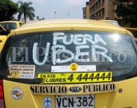 Uber se lo vuelve a poner más difícil al taxi