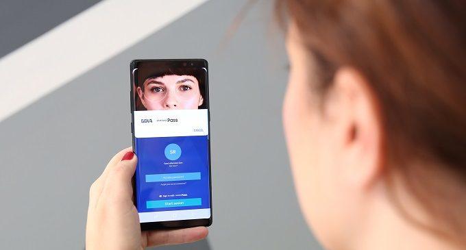El desbloqueo de una app a través del iris es ya una realidad en España