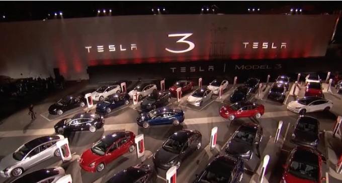 Tesla sufre las mayores pérdidas trimestrales de su historia