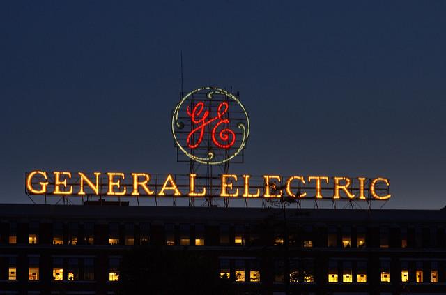 General Electric despedirá 12.000 trabajadores