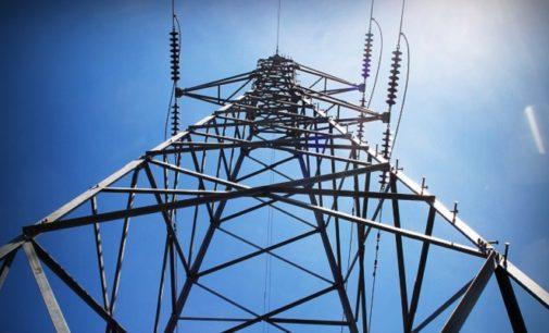 Cómo evitar los peligros eléctricos antes, durante, y después de la instalación eléctrica