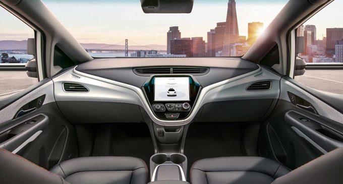 Chevrolet Cruise AV: adiós al volante y los pedales