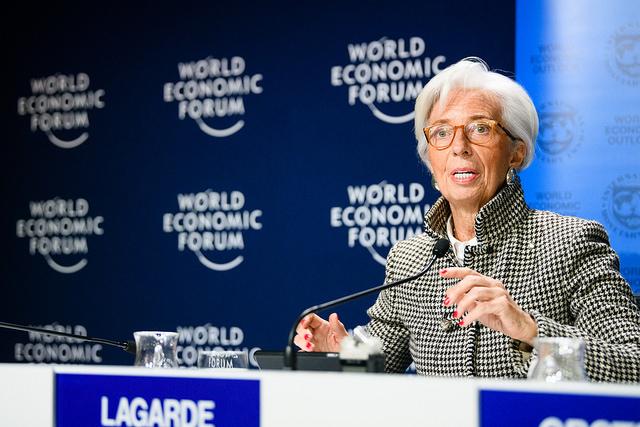 Christine Lagarde dice que minar criptomonedas consume tanta energía como una economía del G20