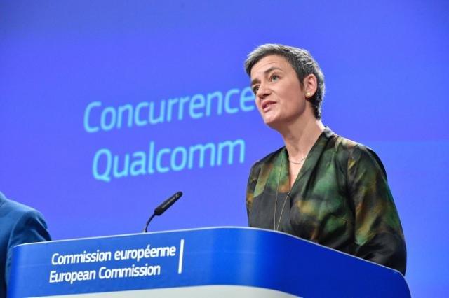 La UE multa a Qualcomm con 997 millones de euros por pagar a Apple por usar sus chips