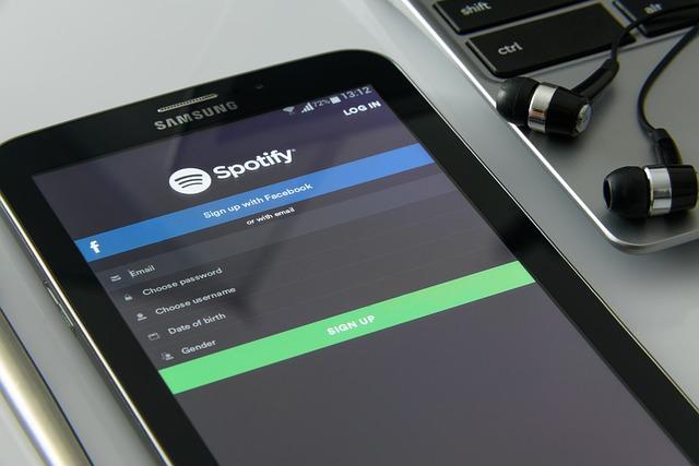 Spotify demandada por violación de derechos de autor