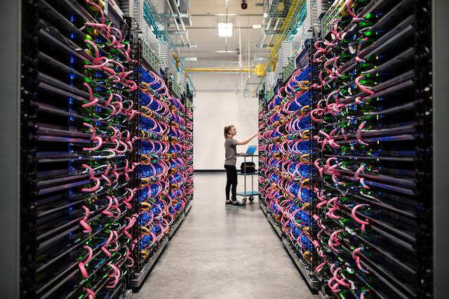 Google comienza a permitir acceso a sus procesadores de Inteligencia Artificial a terceros
