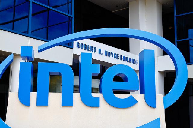 Intel acumula 32 demandas por culpa de Meltdown y Spectre