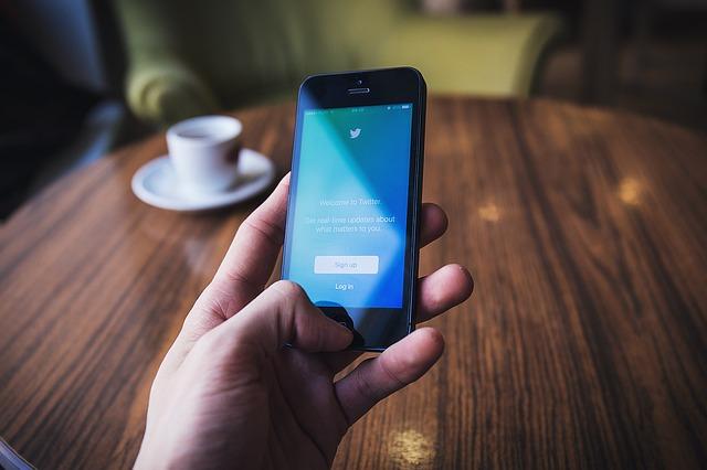 Twitter consigue beneficios por primera vez en sus casi 12 años de historia