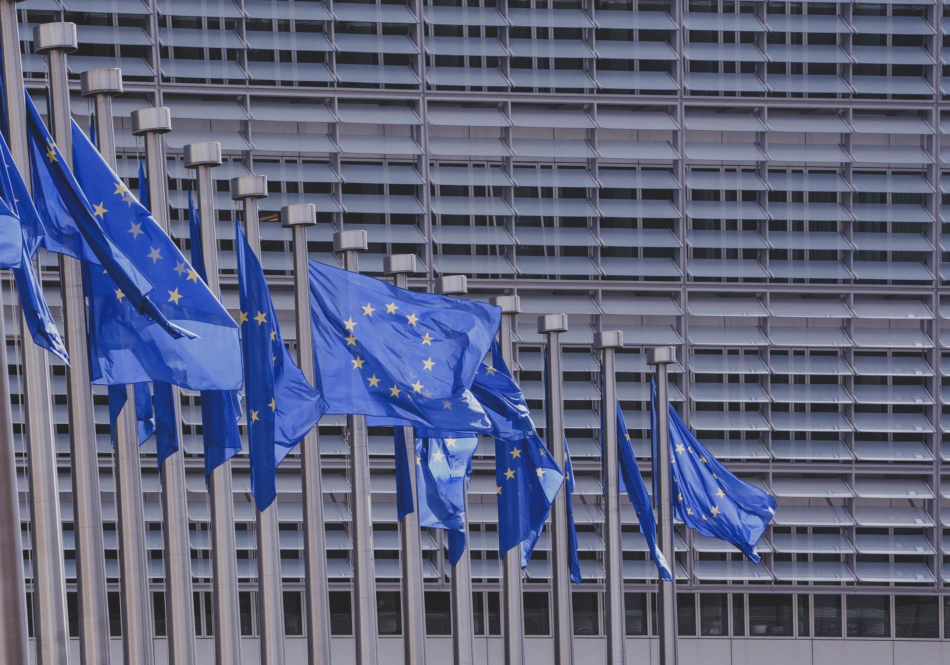La UE propone normas para que los buscadores paguen por mostrar snippets de noticias