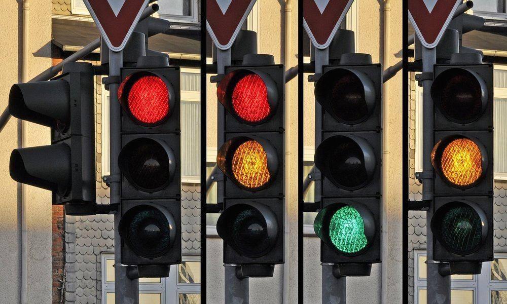 IBM consigue una patente para gestionar las luces de los semáforos con Inteligencia Artificial