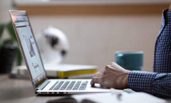 El gobierno impone la primera multa a una web de descargas