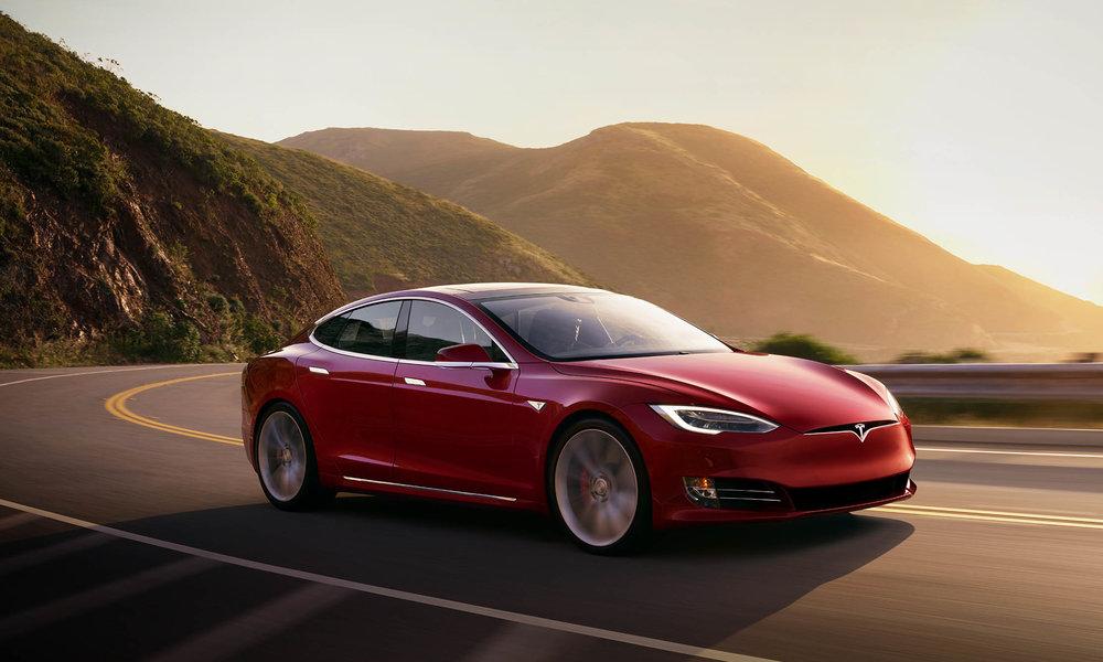 Tesla despedirá al 9% de su plantilla en busca de la rentabilidad