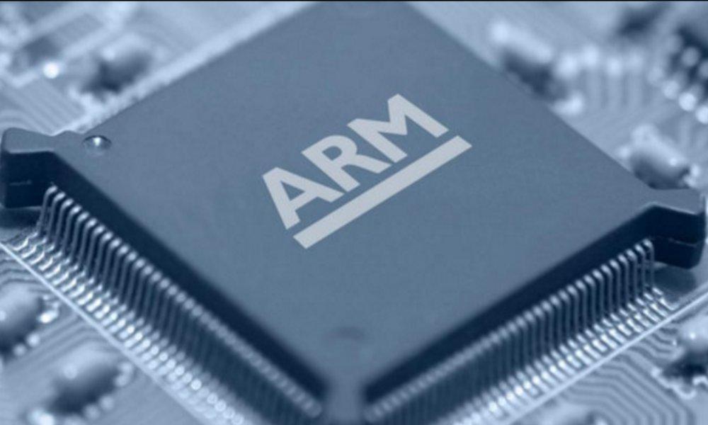 ARM asegura que sus próximos chips para portátiles superarán a los de Intel