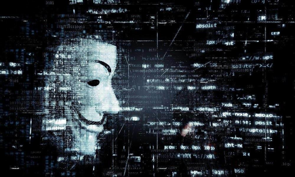 La Nueve hackea la web del IESE y accede a gran cantidad de datos personales