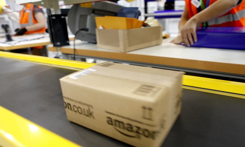 Sindicatos de Amazon convocan nuevas jornadas de huelga en el almacén de San Fernando de Henares