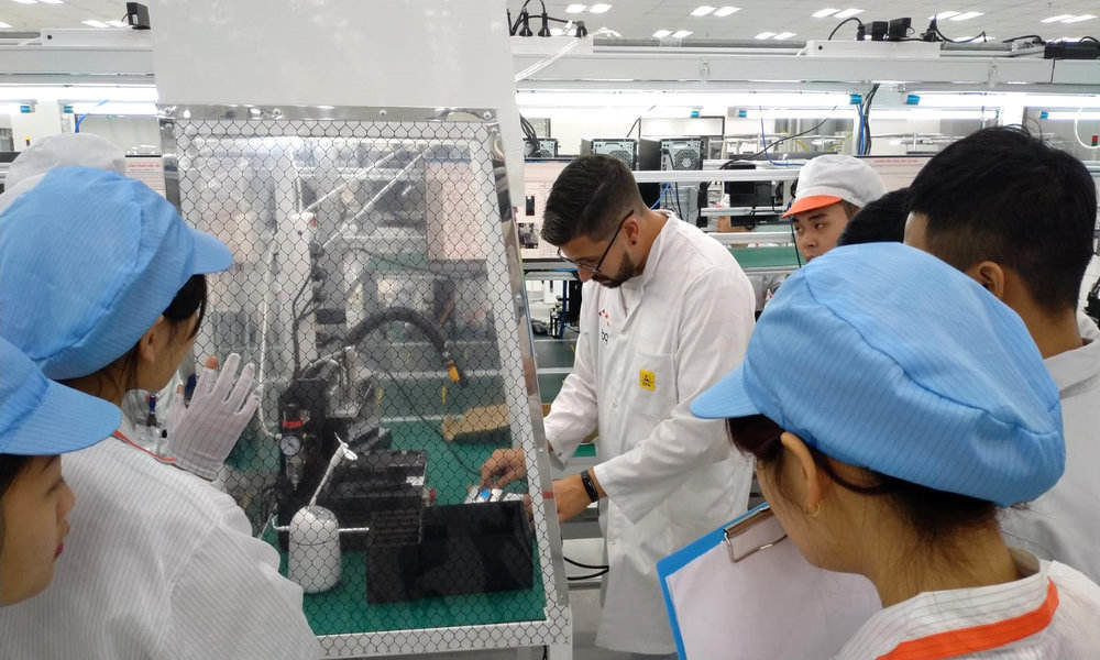 BQ fabricará móviles en Vietnam para Vingroup mientras reduce su estructura en España