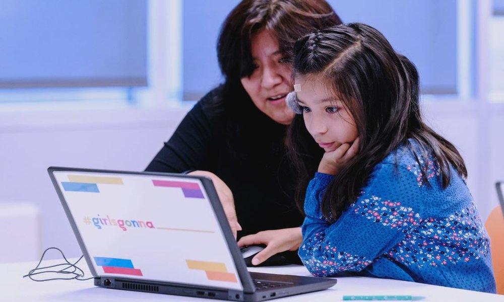 everis y Mujeres Tech lanzan #girlsgonna para combatir la brecha de género en el mundo digital