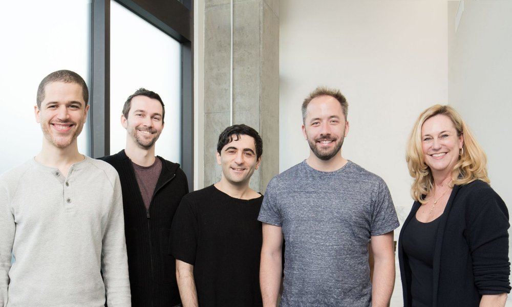 Dropbox compra la startup de firma digital HelloSign por 230 millones