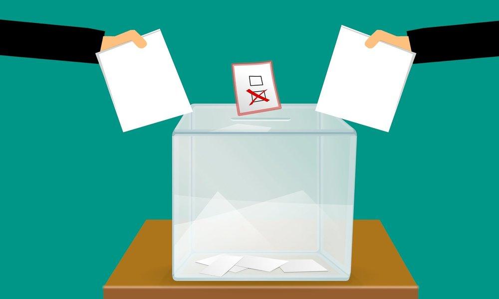 Facebook avisa: partidos en España tendrán que registrarse para hacer publicidad electoral