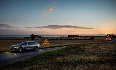 """Los coches de Volvo en Europa podrán """"avisarse"""" de qué carreteras están en malas condiciones"""