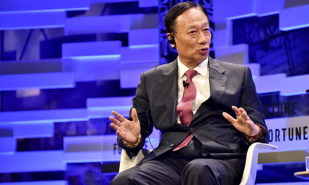 El Presidente de Foxconn anuncia que dimitirá dentro de unos meses