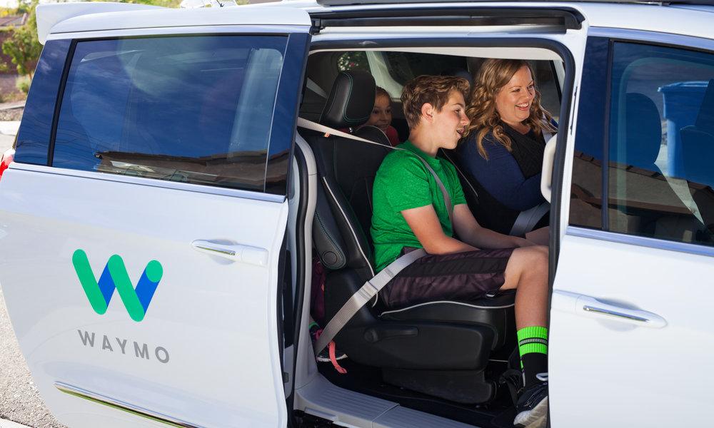 Waymo explora con Nissan y Renault la posibilidad de llevar coches autónomos a Francia y Japón