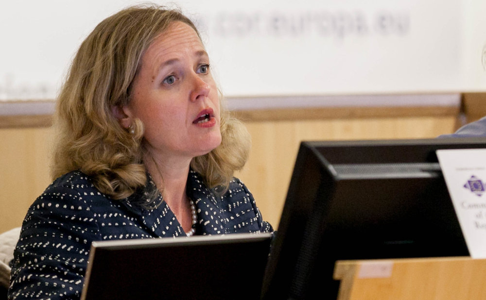 La ministra Calviño no descarta recuperar la tasa Google en España si no avanza la europea