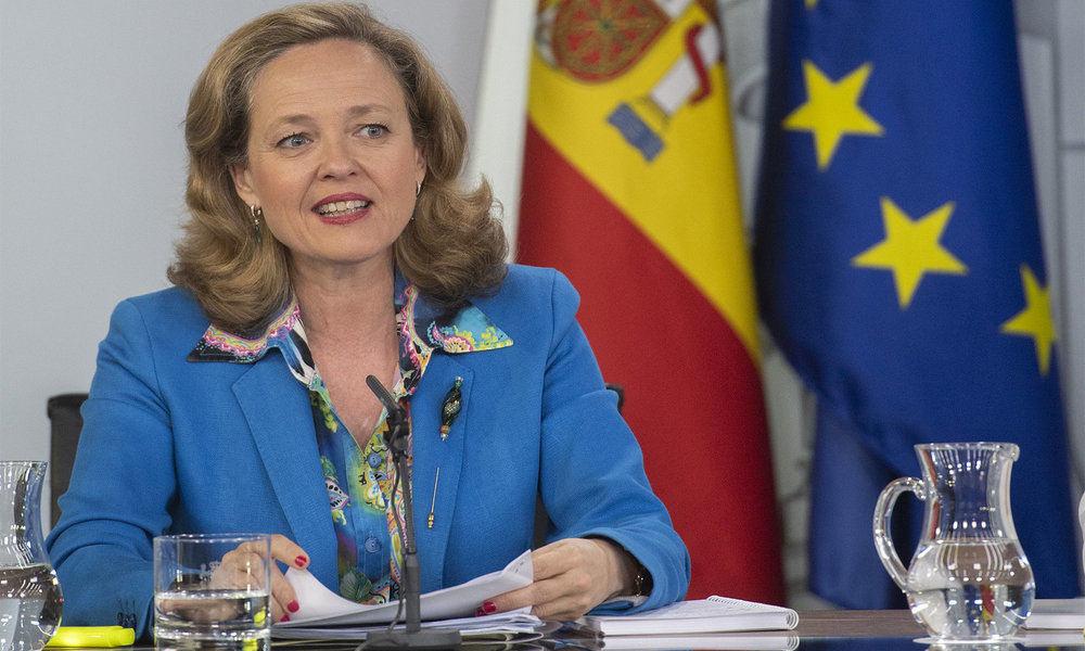 "La Ministra de Economía y Hacienda, Nadia Calviño, advierte: ""la tasa Google es inevitable"""