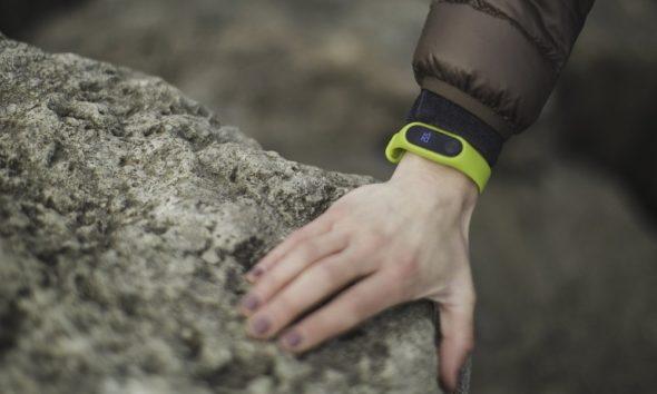 Crecen las voces en contra de permitir que Google compre Fitbit