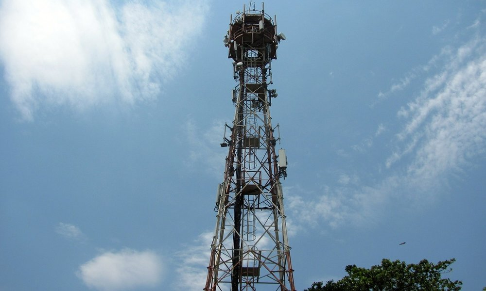 Orange España vende 1.500 torres de telefonía a Cellnex