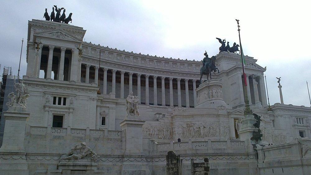 Parlamento de Italia aprueba definitivamente una tasa digital que entrará en vigor el 1 de enero