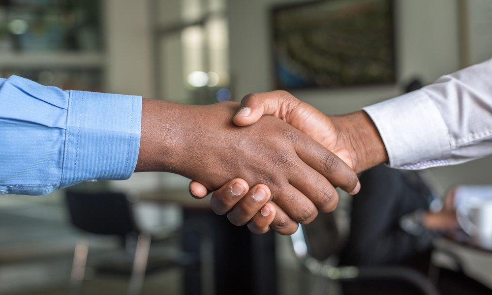 NEC y Sharp fundan una joint venture para combinar sus divisiones de soluciones de display
