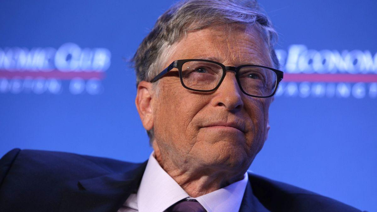 Cómo Bill Gates se ha convertido en el nuevo enemigo de la extrema derecha  americana