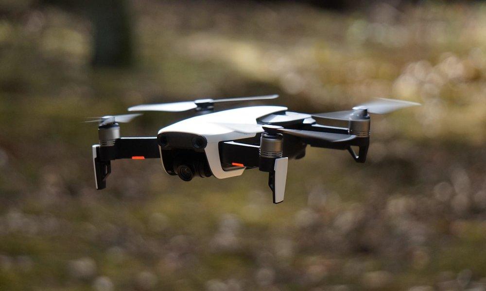 Drones de control y medida de contaminación por luz: tecnología en Italia en tiempos del COVID-19