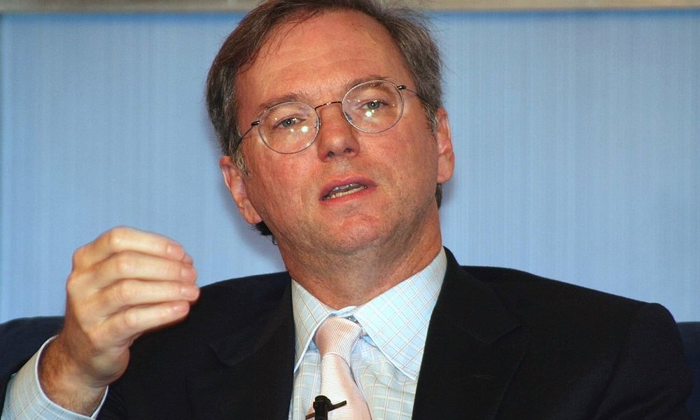 Eric Schmidt, antiguo CEO de Google, ha abandonado definitivamente la compañía