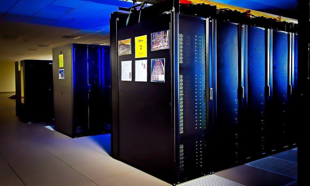 Microsoft construye superordenador para OpenAI y abre a pruebas Azure Quantum