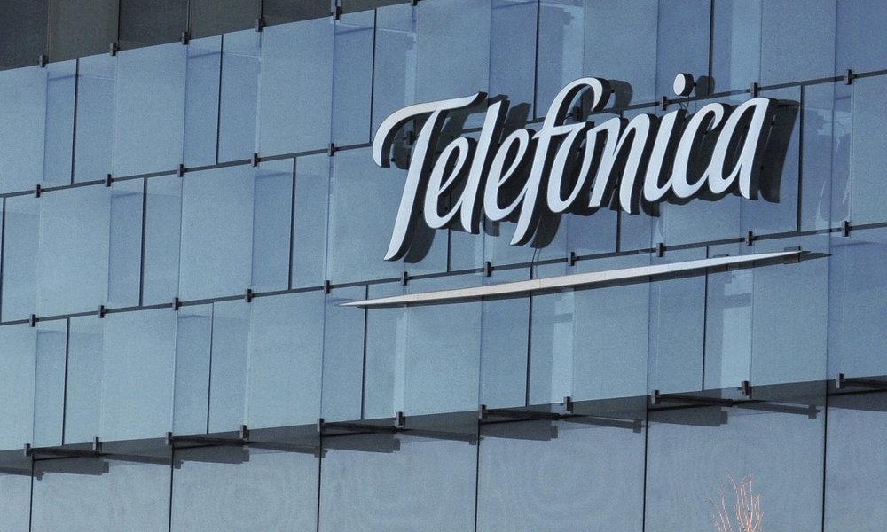 Telefónica llega a un acuerdo con Google, que abre su primera región cloud en España