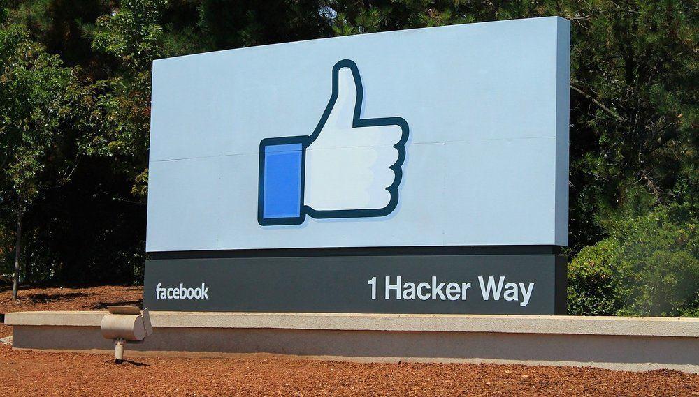 teletrabajo en Facebook