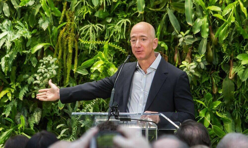 Bezos lleva vendidos este año más de 10.000 millones en acciones de Amazon