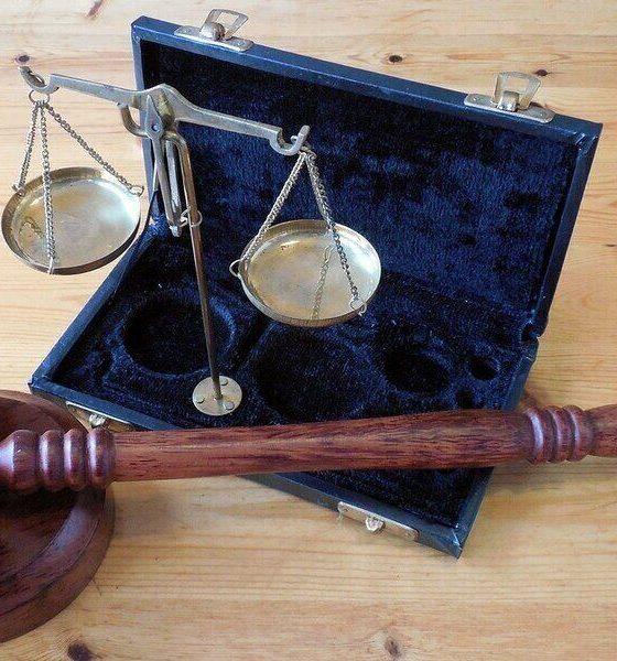 Departamento de Justicia de EEUU prepara demandas por monopolio contra Facebook y Google