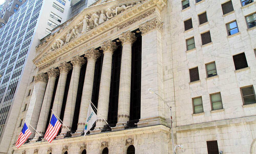 Tres operadoras chinas dejarán de cotizar en la Bolsa de Nueva York por orden de Trump