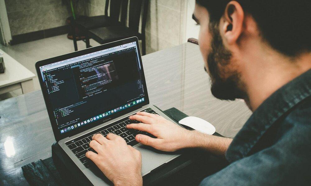 Mayoría de desarrolladores y jefes de desarrollo prefieren open source a tecnologías cloud propietarias