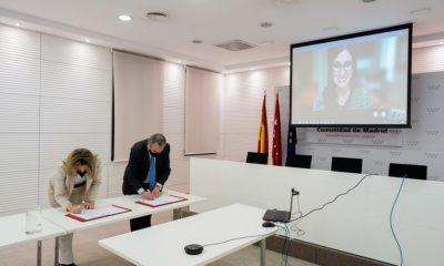 Firma Acuerdo Com. Madrid Microsoft Educación